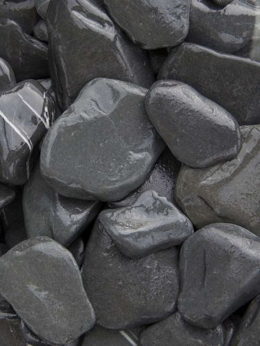 Flat pebbles zwart 30 - 60mm (nat)