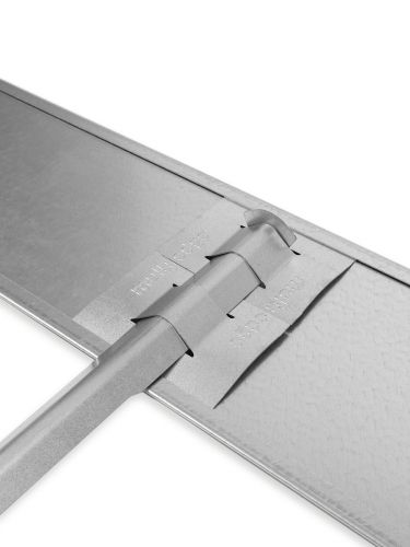 Multi-Edge ADVANCE verzinkt koppeling met grondpin