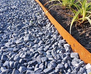 Kies voor een tuinafboording metaal in plaats van beton!